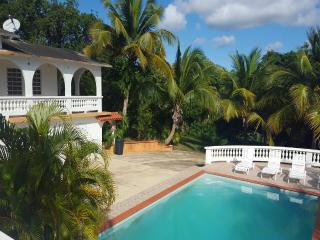 House with pool up to 21 next to Sun Bay beaches