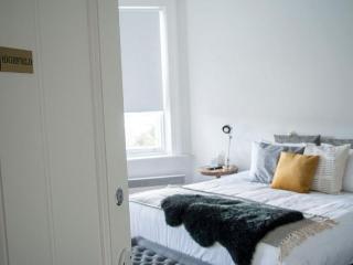 Highfield House Bed & Breakfast -Highfield Suite, Launceston
