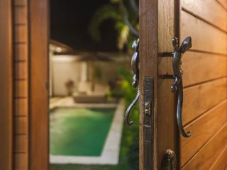 Bamboo 1 Bed room Two Lizards Villa, Sanur