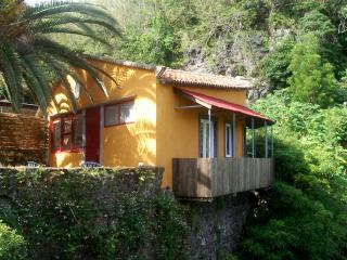 """Mae d""""Agua Riverside Cottage - Sao Miguel / Azores"""