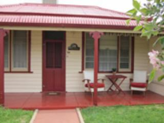 Cottage at Willyama, Broken Hill