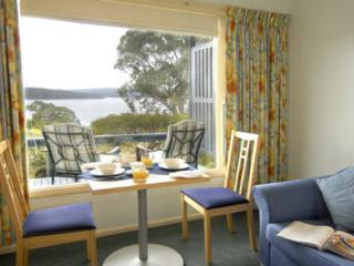 Blue Waters Cottages for Two - Whipbird Cottage, Mallacoota