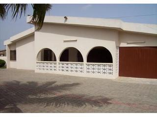 Executive 4 bedroom  Villa  with Swimming Pool, Accra