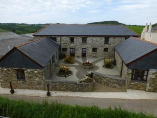 Cornhill Farm Cottages (Carthouse), St Blazey