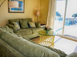 Beautiful Beachfront Townhome/Mexico Beach, Port Saint Joe