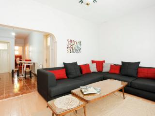 Chic & Comfy Home in Cihangir, Istanbul
