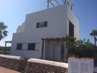 Villa de 4 habitaciones a 500 m playa en Menorca, Arenal d'en Castell