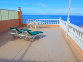 SUPERB PENTHOUSE WITH STUNNING VIEW, Los Gigantes
