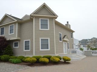 Cape May 4 BR-3 BA House (Cape May 4 BR-3 BA House (6062))