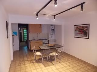 Comfortable Apartment near DownTown, La Plata