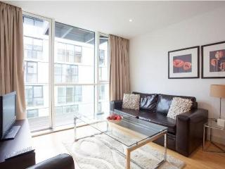 Times Square 1B apartment in Tower Hamlets {#has_…