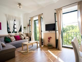 Santa cruz apartment, Sevilla