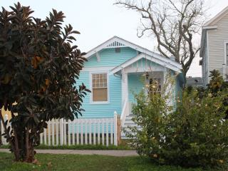 Island Neuk- 2bd/1bth Cottage, Galveston