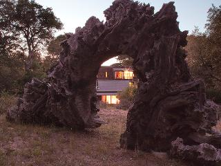 Eco Refuge - Ecological Architecture Surrounded by Nature, Inverness