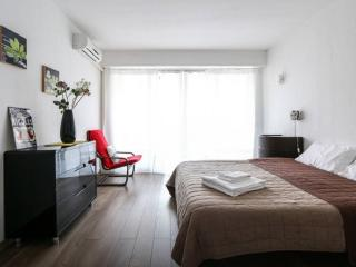 Central and Lovely 1 Bedroom Apartment in the Luxurious Residence