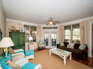 Cozy Serene Cottage in Baypines at Sandestin ~ Free Parsailing~