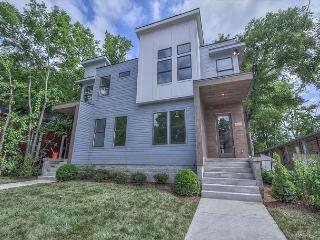 New Construction MODERN luxury home in a CENTRAL Nashville location!