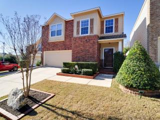 Spacious And Comfortable Place, 3BR / 2.5Baths, San Antonio