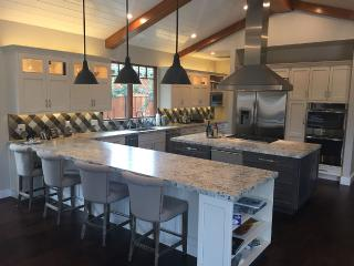 Luxury Executive Home for the Superbowl, Loma Mar