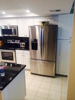 Complete renovated kitchen w/ new stainless steel appliances
