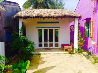 The Full Moon Beach House, Hoi An