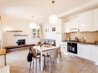 Gran Fausto Flats - Appartamento Bilocale, San Felice del Benaco