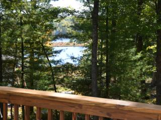 Relaxing Lake house in the Poconos, Dingmans Ferry