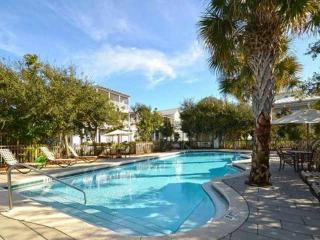 Limoncello - Stylish 30A Beach Home - Heated Pool - Grill - Large Balconies