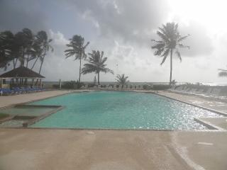 Villa in the Wyndham Resort with Beach