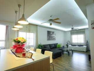 concealed lighting in living room