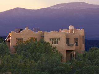 Casa de Música: Luxurious 360º View Artisan Adobe, Santa Fé