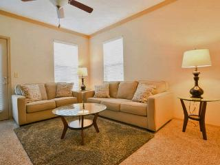 Wonderful 1BR Suite - Lenexa!! 11201