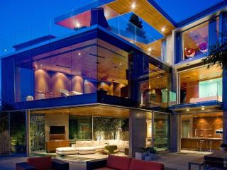 Luxury Oceanfront Glass House, La Jolla
