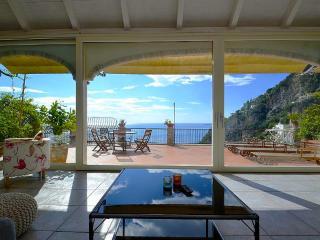 Stylish villa with sea view - V751, Positano