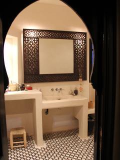 Salle de bains chambre étage