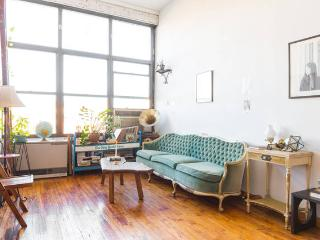 3BR Williamsburg Loft in Best Location, Brooklyn