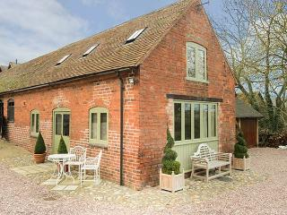 HAM'S HOUSE barn conversion, romantic, woodburning stove, views, WiFi in Cleobur