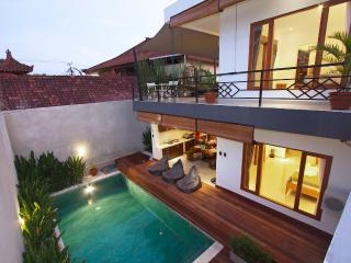 Amazing Villa Center Seminyak incl. Breakfast