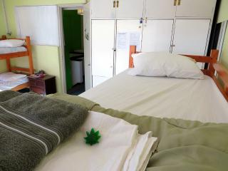 Beach Hostel 420 Santa Maria Cannabis Friendly, Montevideo