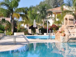 Aphrodite Sands Apartment, Mandria