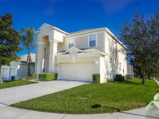 Manesty Villa - Excellent 6 bedroom / 4 bathroom pool home in the superb Windsor Hills Resort, Kissimmee