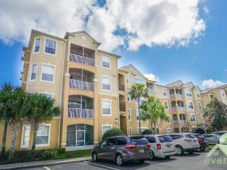 High Hopes - Superbly presented 3rd Floor condo in Windsor Hills Resort, Kissimmee