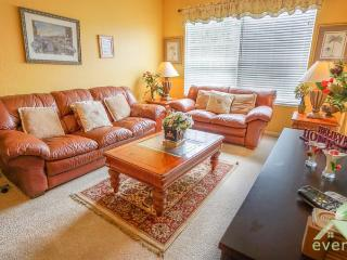 IL Venetian - Charming 3 bedroom ground floor condo with conservation view in Windsor Palms Resort!, Kissimmee