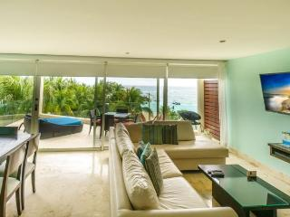 Corner Penthouse with unobstructed views of the Ocean!, Playa del Carmen