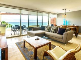 3 Bedroom Ocean View Penthouse at The Elements, Playa del Carmen
