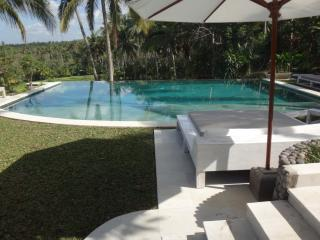 Beautiful 8 Bed 8 Bath Property La Balian Villa & Retreat, Balian, Tabanan