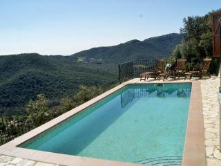 Preciosa casa con vistas al mar y piscina privada, Calonge