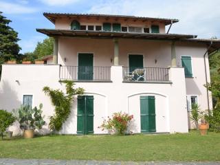 Villa delle Stelle -Tuscan hills near Cinque Terre