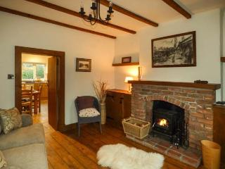 Peaceful rural cottage near Oswestry, pets welcome