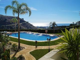 BBQ, wifi, parking, aircon, jacuzzi, pool y garden, Sitio de Calahonda